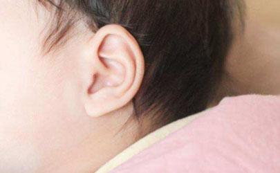宝宝淹脖子怎么回事 宝宝淹脖子该怎么做