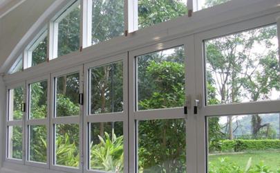 邻居在居家隔离还能开窗吗 小区确诊被感染的可能性大吗