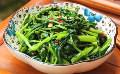 青菜怎么炒不会变黑 青菜怎么炒绿绿的