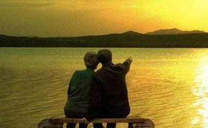 五十岁的单身女人如何找老伴 为什么老了不想找老伴