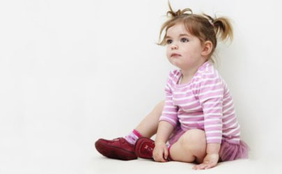 宝宝会趴能练坐吗 如何训练宝宝多趴