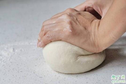 15℃的酵母发酵面团大概需要多久 酵母发酵面团一般要几小时1