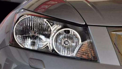 淘宝上的车大灯能买吗 在4s店换的车大灯是原装的吗1