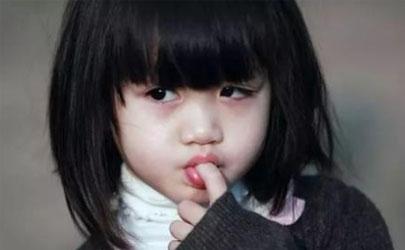 三岁宝宝吸吮手指有什么影响 三岁宝宝吸吮手指怎么办