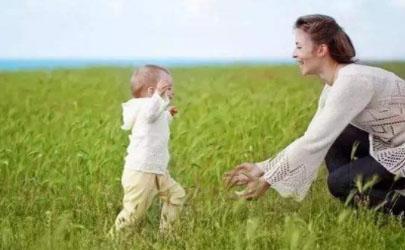 宝宝磕到后脑勺怎么办 宝宝磕到后脑勺会影响智力吗