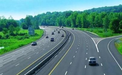 跑高速AT变速箱车还是CVT变速箱车好 AT变速箱车有什么优点