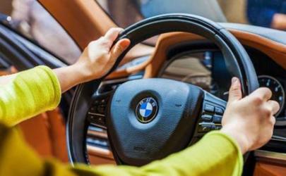 开车跑偏是什么原因 汽车跑偏需要做动平衡吗