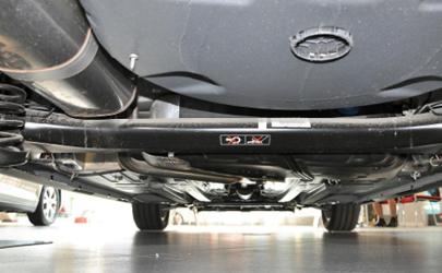 汽车底盘会滴水吗 汽车没开空调底盘会漏水吗