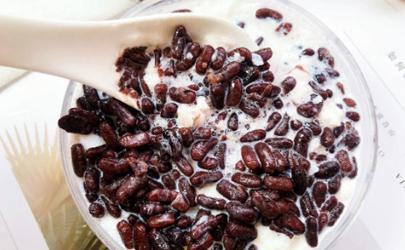 想见你红豆牛奶冰怎么做 想见你同款红豆牛奶冰做法