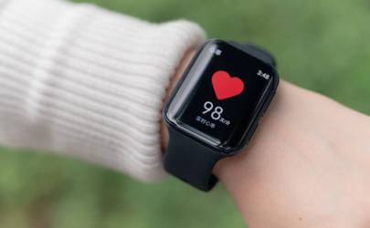 oppo智能手表怎么开机 oppo智能手表下什么软件