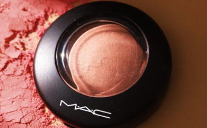 MAC立体绒光腮红怎么样 MAC立体绒光腮红使用测评
