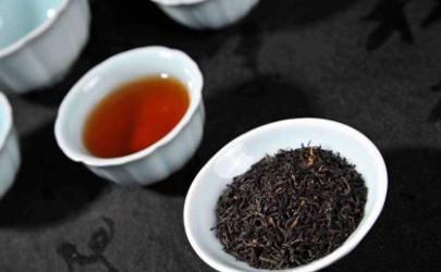 祁门红茶什么价格能买到真的 祁门红茶需要多少度水温