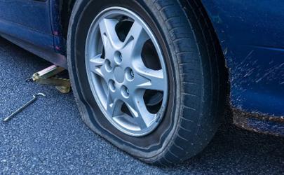 热天轮胎气压多少 为什么夏天汽车容易爆胎