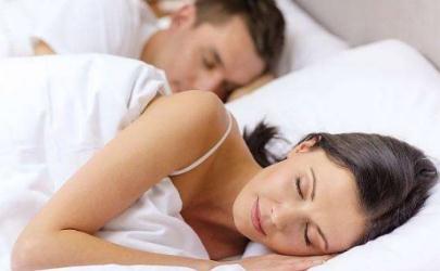 新冠肺炎治愈后多久可以同房 至少隔离观察四周才能过性生活