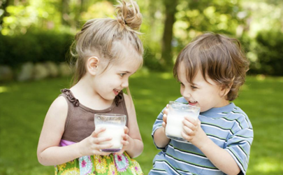 小孩肋骨突出需要补钙吗?专家:大可不必!