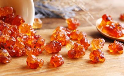 桃胶泡出来会有树胶的味道吗?好的桃胶一般不会有!