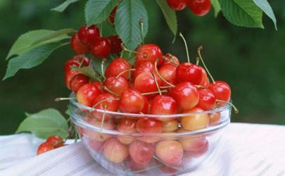 孕期多吃水果好,但这么吃绝对是错的!
