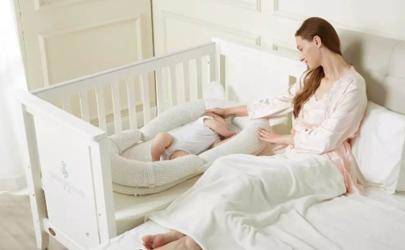 母乳带血还能喂宝宝吗?当心是它在作祟