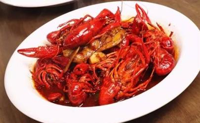 小龙虾剩下的底料怎么利用?这几种吃法可以尝试一下!