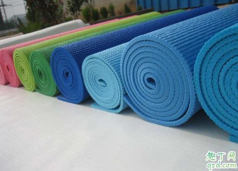 瑜伽垫有味道能致癌吗1