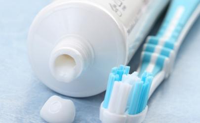 牙膏涂手腕會發燒嗎