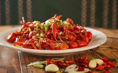 小龙虾腥味特别大是坏了吗?这种最好不吃!