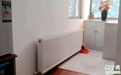 装修地热和暖气片哪个便宜2