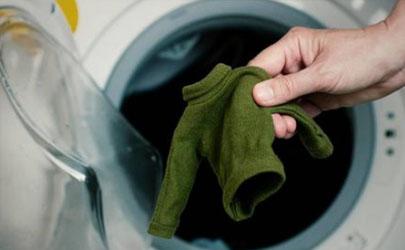 新衣服洗后缩水严重怎么处理