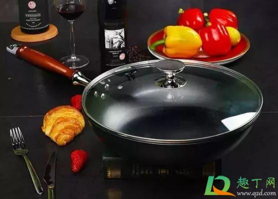 锅背面的黑垢是什么2