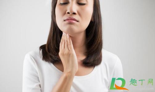 喉咙感觉有东西堵着是怎么回事2