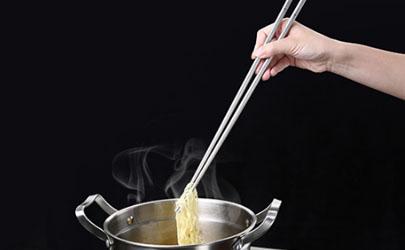 不锈钢筷子能每天吃饭用吗