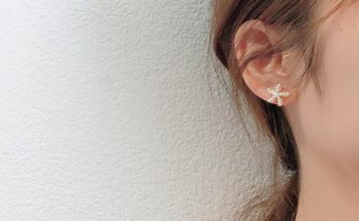 耳钉上的绿色有害吗