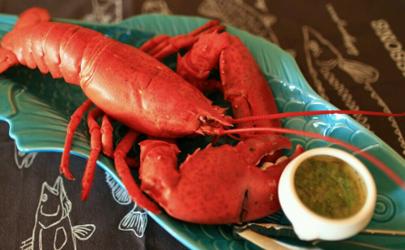 波士顿龙虾脑袋里绿色能吃吗