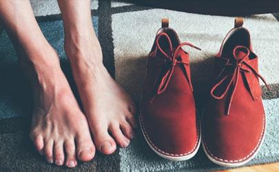 为什么鞋子晒干后好臭