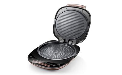 电饼铛预热前放油还是预热后放油