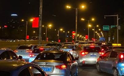乌鲁木齐封城是真的吗2020