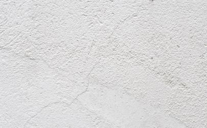 白墙脏了直接刷漆还是砂纸打一下