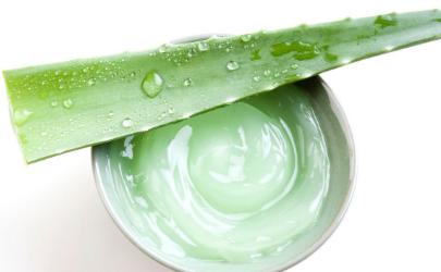 脸过敏发红痒怎么办可以用芦荟胶吗