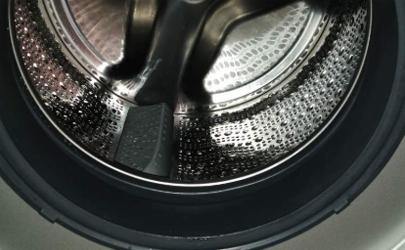 滚筒洗衣机上的黑色脏东西是什么