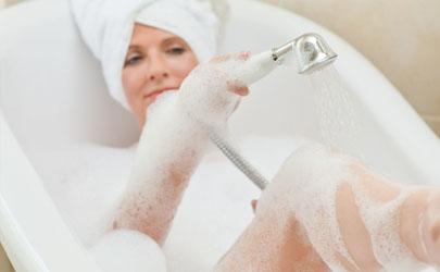 感冒挂水后能洗澡汗蒸吗