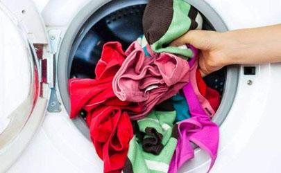 夏天衣服隔夜洗是泡着还是晾着