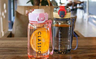 塑料杯喝水好吗