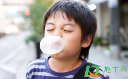 口香糖咽下去怎么办掐在嗓子眼1