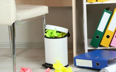 垃圾桶家用的要选择带盖的吗