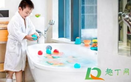 浴缸的堵水盖怎么拿出来4