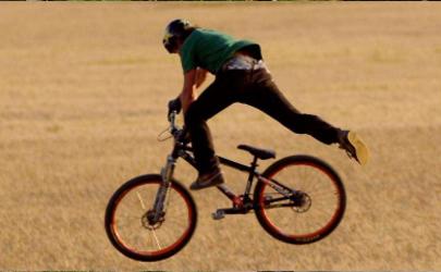 骑自行车摔的伤口怎么痊愈快