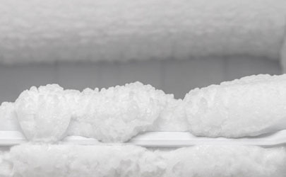 冰箱冷藏室结冰是什么原因
