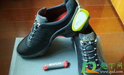 怎样消除鞋子挤空气的声音4