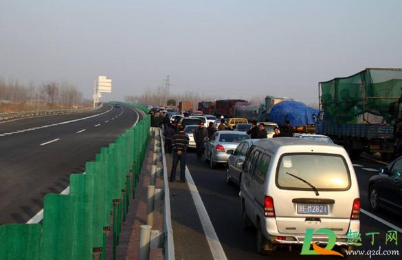 2020国庆节高速堵车严重吗1