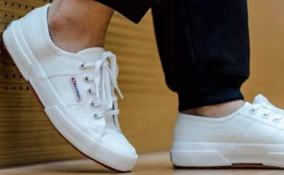穿新的小白鞋磨脚怎么办